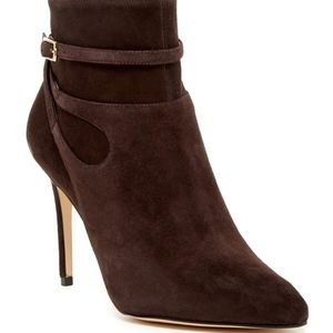 NWOB Nine West Tanesha Dark Brown Suede Bootie